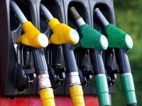 Truques para economizar ao abastecer os veículos do CFC