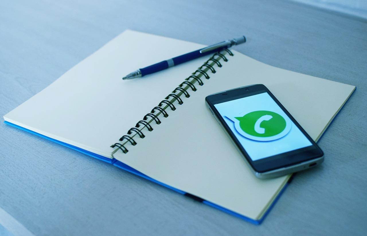 Como usar o WhatsApp no relacionamento com os clientes da autoescola