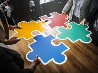 Cooperativas e Centrão de autoescolas: modelos de negócio que prometem redução de custos